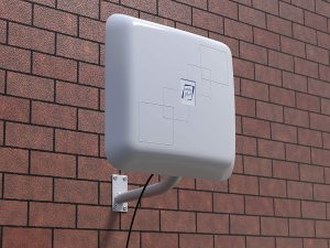 Outdoor long-range Wi-Fi antenna to improve the WiFi signal upstairs