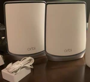NETGEAR Orbi (RBK853) Whole Home Tri-band router